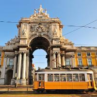 Repülőjegyek Lisszabonba